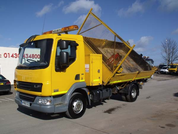 Ref: 34 - 2010 DAF 7.5 Ton 3 Way Tipper For Sale