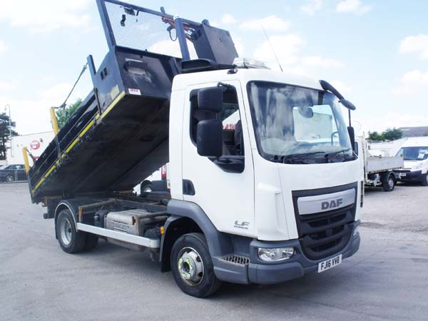 REF 62 - 2016 DAF 7.5 ton Euro 6 Tipper For Sale