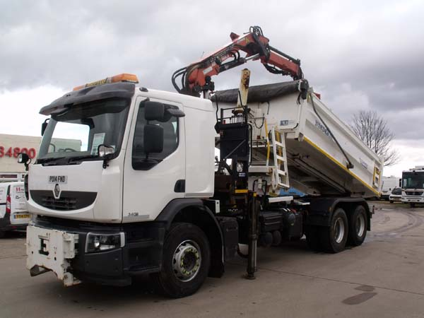 Ref: 63 - 2014 Renault 6x4 Econ Demount Gritter / Tipper For Sale