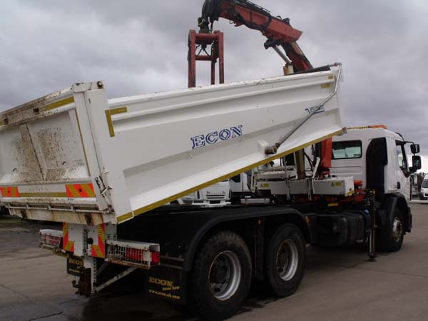 Ref: 63 - 2014 Renault 6x4 Tipper Grab For Sale