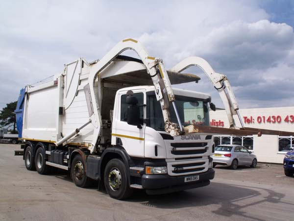 REF 99 - 2015 Scania Euro 6 Front End Loader Refuse Truck For Sale