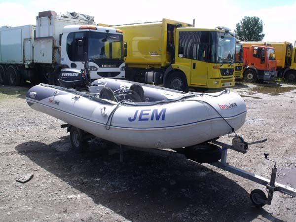 Hopdeals com - Ref: 34 - 2013 Honwave T40 with Evinrude 25HP