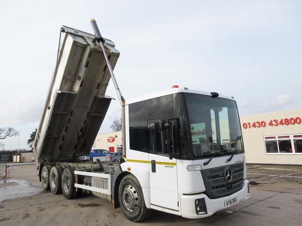 REF 07 - 2016 Mercedes Econic Euro 6 and DVS 5 Star Hyva Tipper For Sale