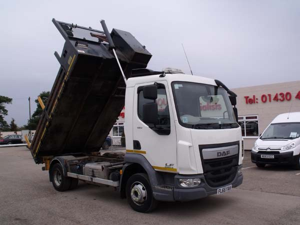 REF 87 - 2016 DAF 7.5 ton Euro 6 Tipper For Sale