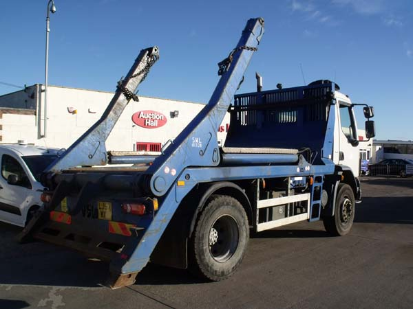 Ref: 15 -2008 DAF Extending Arm Skip Lorry For Sale