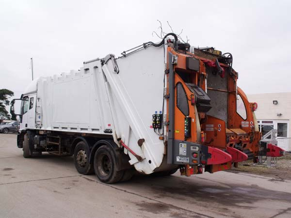 Ref: 105 - 2009 Iveco with 2012 Twinpack Refuse Body For Sale