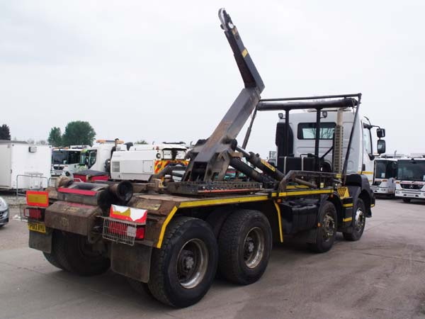 REF 145 - 2013 Renault Kerax Hook Loader For Sale