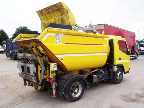 Ref: 112 - 2012 Mitsubishi Refuse Truck For Sale