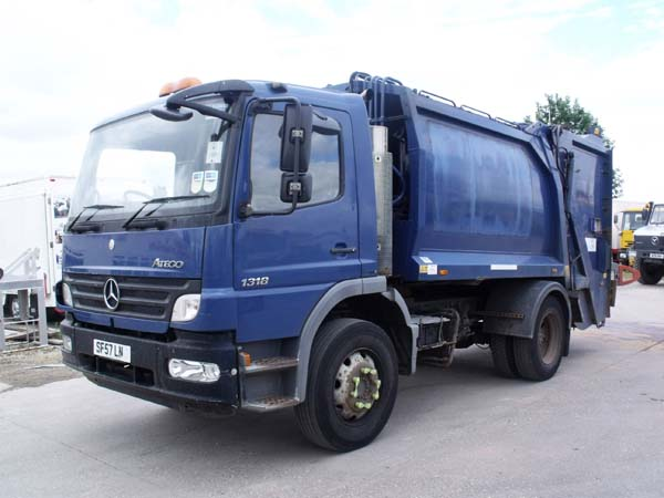 Ref: 17 - 2007 Mercedes 13.5 Ton Refuse Truck For Sale
