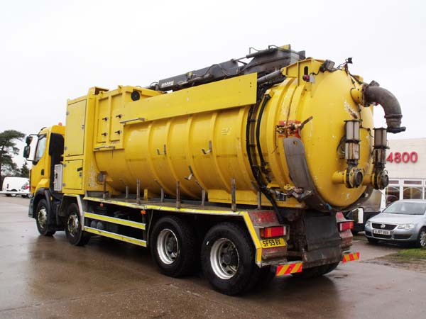 Ref: 07 - 2009 Renault Disab Centurian Wet and dry Vacuum tanker for sale