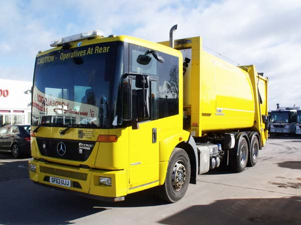 REF 76 - 2013 Mercedes Faun Variopress Refuse Truck For Sale