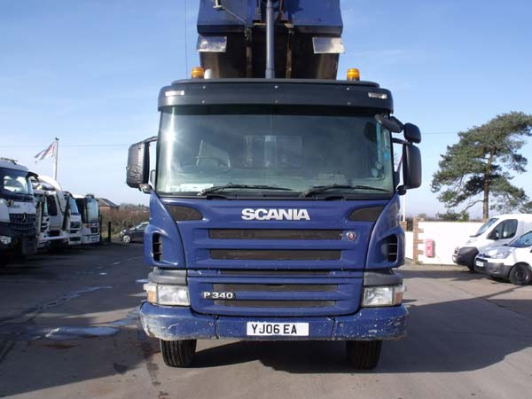 Ref: 17 - 2006 Scania 8x4 Governor tipper For Sale